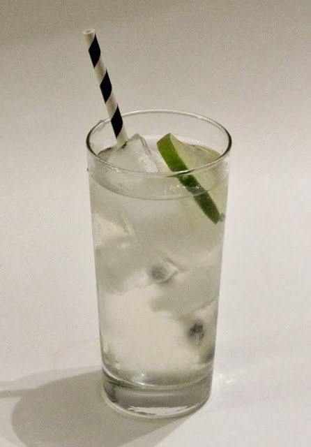 mint love social club: {friday cocktail: st germain & tonic}