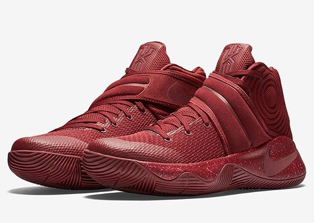 """Inspired by Kyrie Irving's favorite cake flavor, the Nike Kyrie 2 """"Red Velvet"""" arrives at retailers tomorrow. Click the link in our bio to get a closer look. #kicksonfire"""