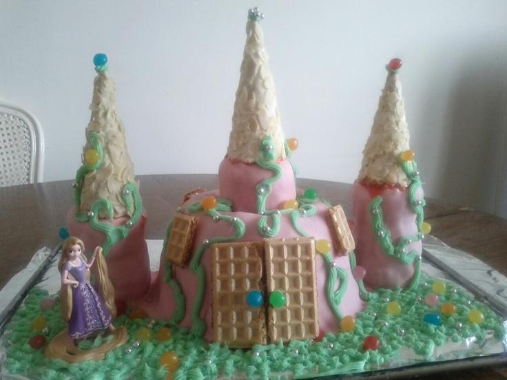 My first Princess Castle Cake (Rapunzel)