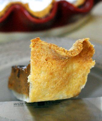 Flaky Vinegar Pie Crust - Baking Bites