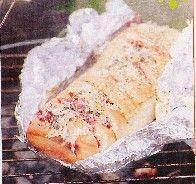 Een heerlijk Italiaans gevuld brood voor op de BBQ, maar hij kan natuurlijk ook gewoon in de oven