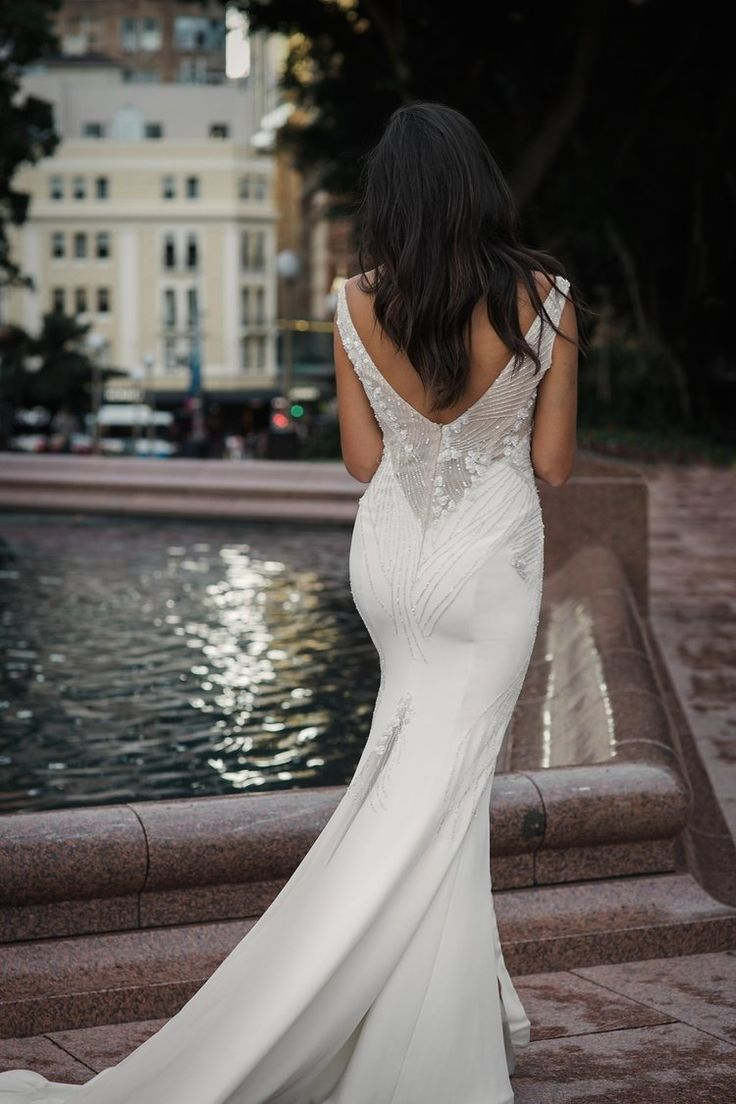 romantic wedding dress moira hughes heather back.jpg