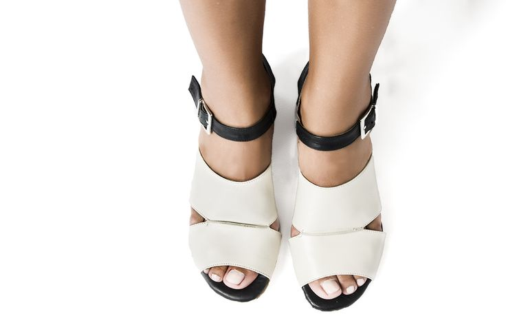 BISO NEGRO lookbook primavera/verano 2017 - RAY MUSGO Zapatos ecologicos de mujer #sandalias #sandals #musgo #natural #sincromo #cromo #metales #alergias #natural #sinniquel #niquel #nickelfree #chrome #chromefree