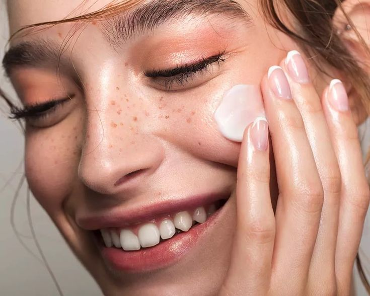 Skinimalism: The Trend Pinterest Predicts Will Take Over 2021