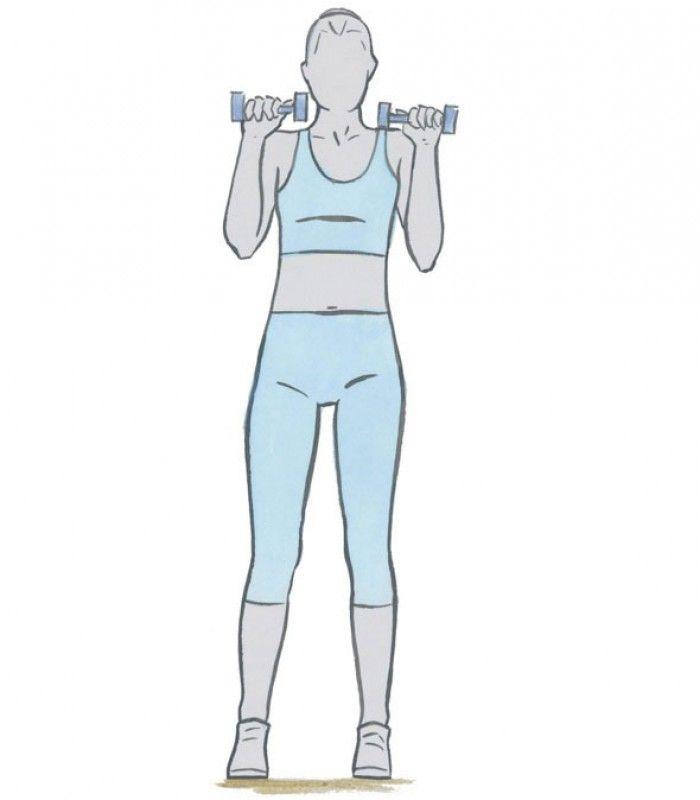 Vergeet je biceps niet  Plaats je voeten op heupbreedte, houd je armen langs je lichaam met een gewicht in beiden handen met je handpalmen naar achter gekeerd.  Houd je biceps stil en hef de gewichten naar je schouder en weer terug naar beneden tot de startpositie.