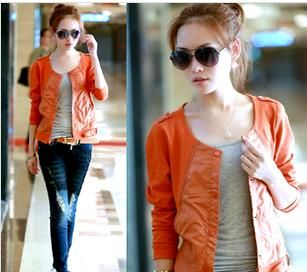Кожаная куртка женская оранжевая