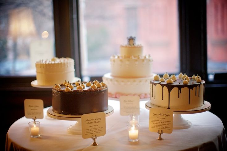 We have to say we'd love to attend a wedding with this many yummy cake choices!