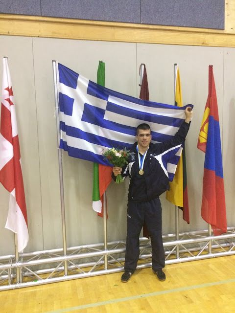 Αθλητισμός και... άλλα: Η ελληνική πάλη εξακολουθεί να έχει σφυγμό, έστω κ...