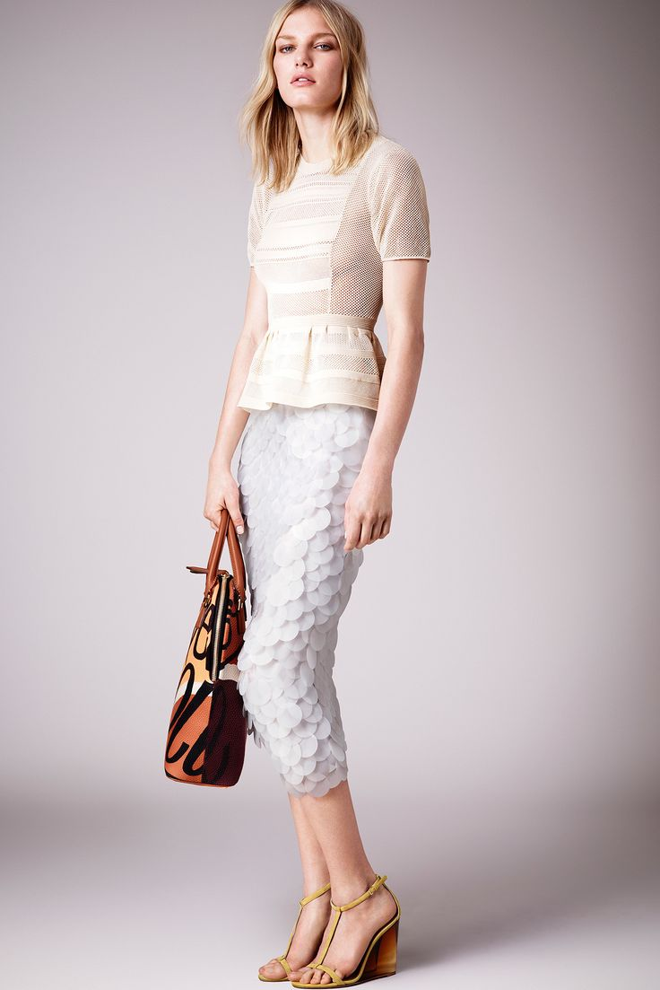 Burberry Prorsum Resort 2015 - Collection - Gallery - Style.com. CUP & PENNY: Crochet peplum!