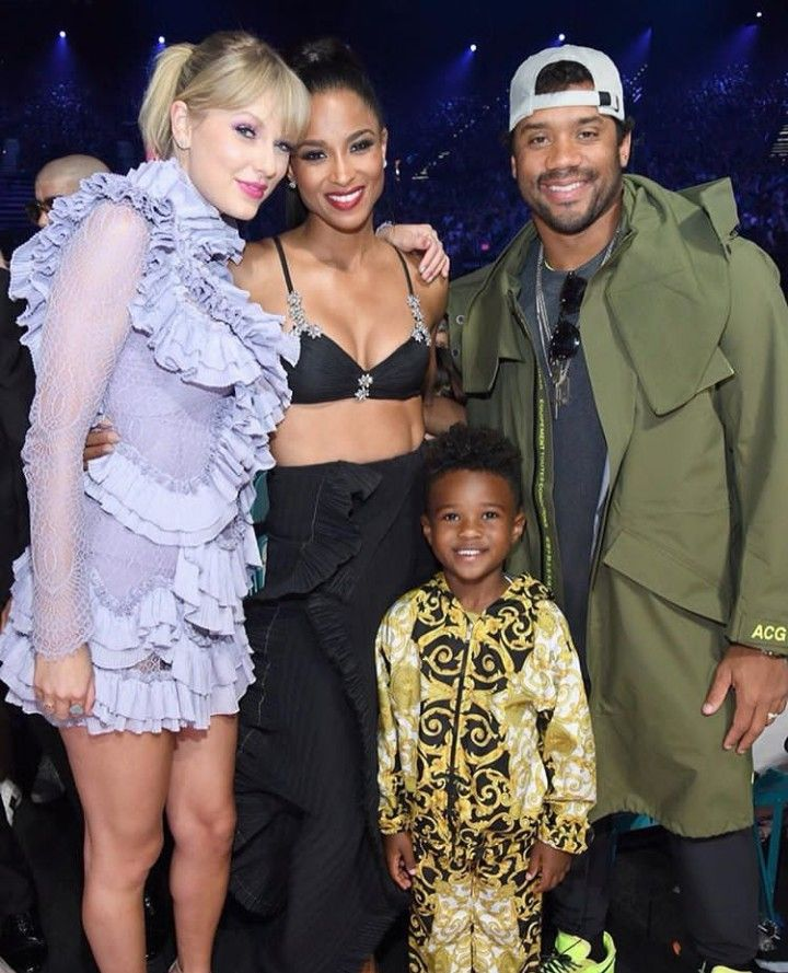 Pin By Glorious On Taylor Swift Taylor Alison Swift Hollywood Stars Ciara