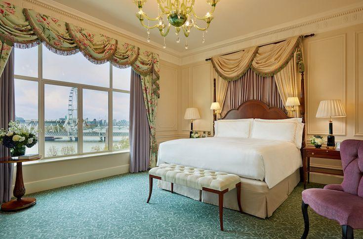 The Savoy: One Bedroom Suite River View - Suites donde pasar una noche de lujo en Londres
