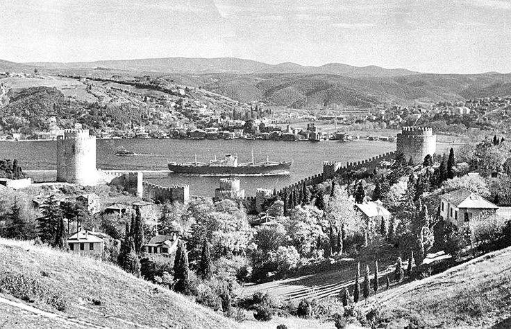 Rumelihisarı ve Boğaz, 1966 #Istanbul #istanlook