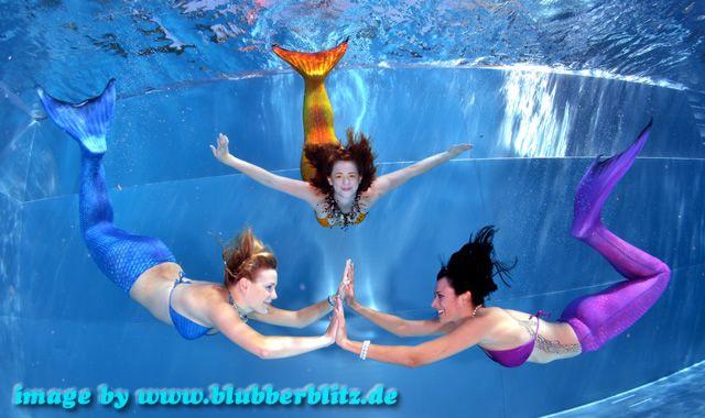 Magictail Kostüme: 3 Meerjungfrauen unterwasser