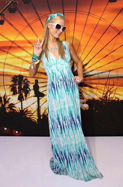 Paris Hilton www.cuchurutu.blogspot.com.es/2014/04/se-abre-la-veda-festivalera-coachella.html