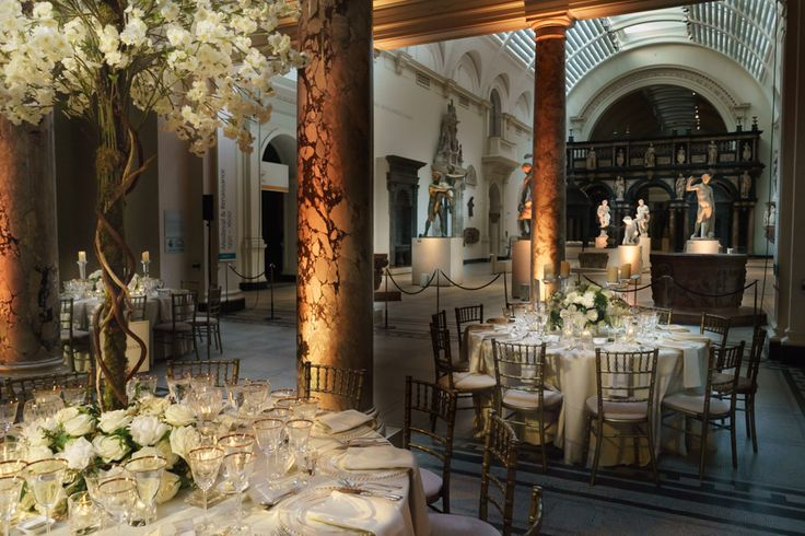 Amazing setting for a wedding breakfast Next to the sculptures at The V&A https://www.vam.ac.uk