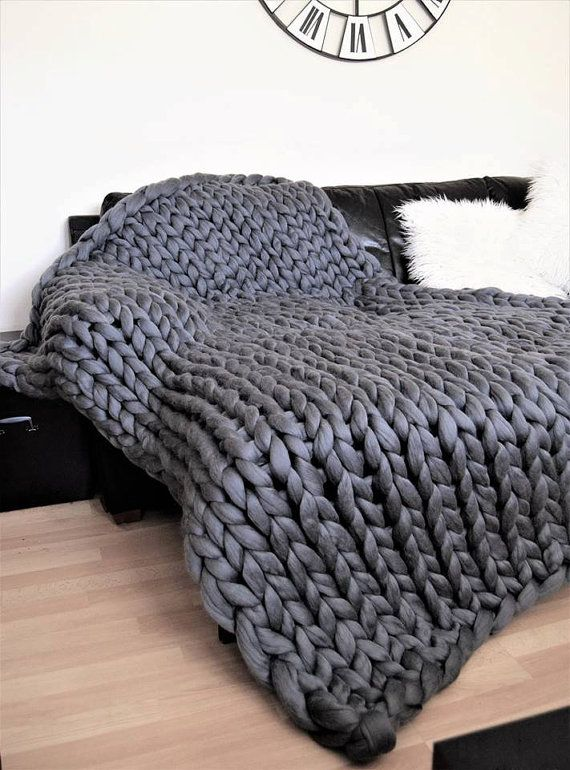 les 25 meilleures id es de la cat gorie plaid grosse maille sur pinterest couvertures grosse. Black Bedroom Furniture Sets. Home Design Ideas