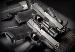 Glock 17-19 guns flashlight weapon pistol military weapom gun police wallpaper
