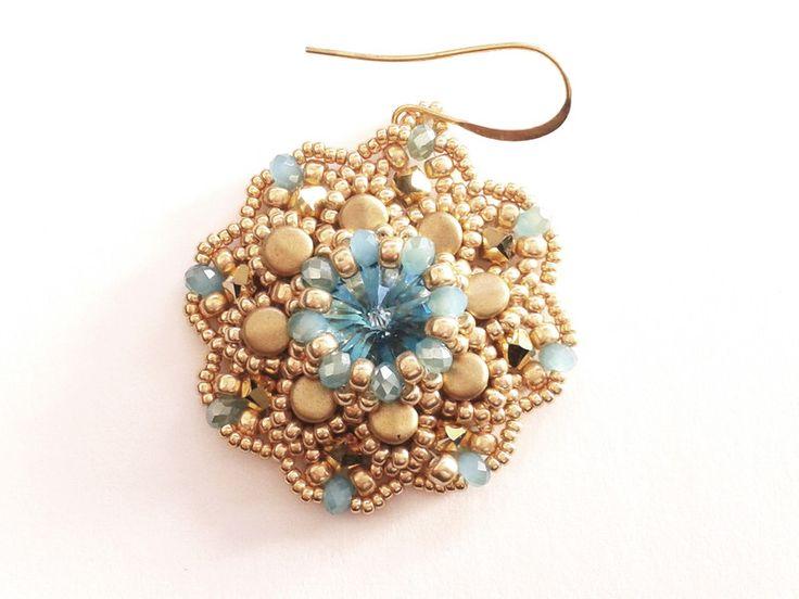 Glasohrringe -  Ohrringe aus einem  aquamarine Swarovksi Rivoli - ein Designerstück von tizianat bei DaWanda