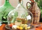 Esta queijeira de garrafão de vidro reciclado é uma ideia fantástica para reciclar garrafões de vidro que tenha lá por casa e que já não use