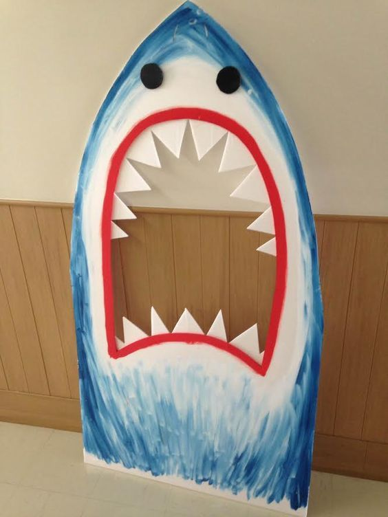 Shark Photo Booth | DIY Pool Party Ideas for Teens