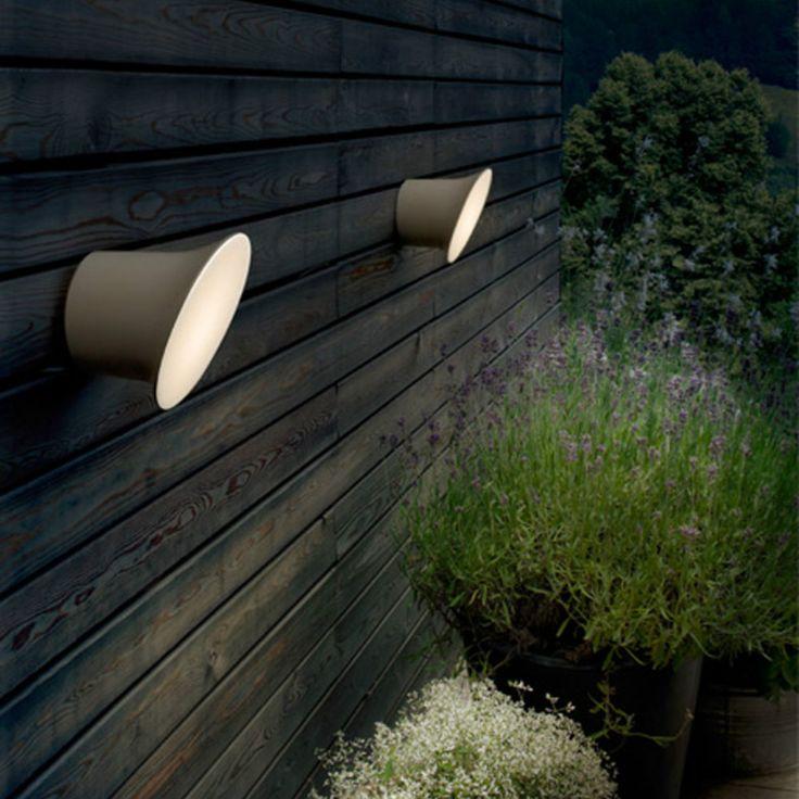Luceplan Ecran lampada da interno ed esterno dalla forma bizzarra :)