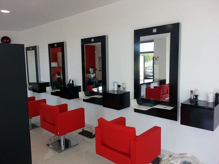 Les 17 meilleures id es de la cat gorie salons de coiffure for Living room coiffeur