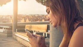 Avances Científicos y Ciencia: Revelan cómo las notificaciones de móvil 'apagan' nuestro estado de ánimo