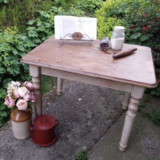 Back To Basics Kitchen: Back To Basics With This Beautifully Aged And Worn, Rustic