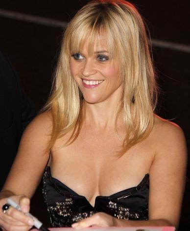 Reese weatherspoons boobs
