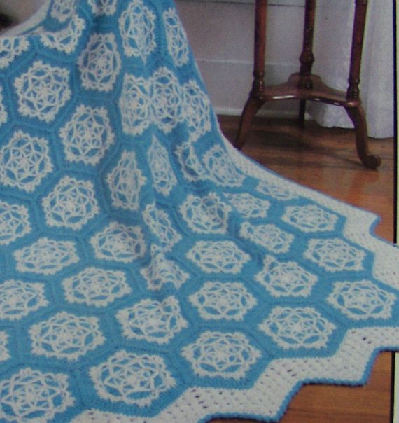 Crochet Pattern For Snowflake Afghan : 1980s Pretty Snowflake Crochet Afghan Pattern