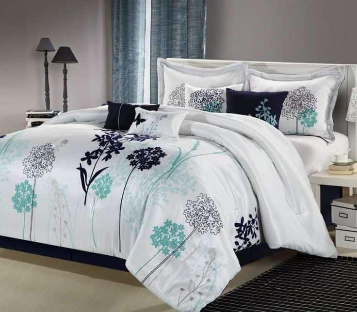 30 Of The Most Chic And Elegant Bed Comforter Designs To Choose From And Keep You Warm This Winter Luxury Bedding Home Home Decor Teal and white bedding sets