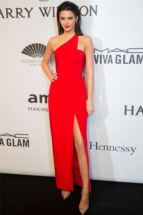 World-Famous Fashion Model, Kendal Jenner wears Romona Keveza - AmFar Gala New York Fashion Week.