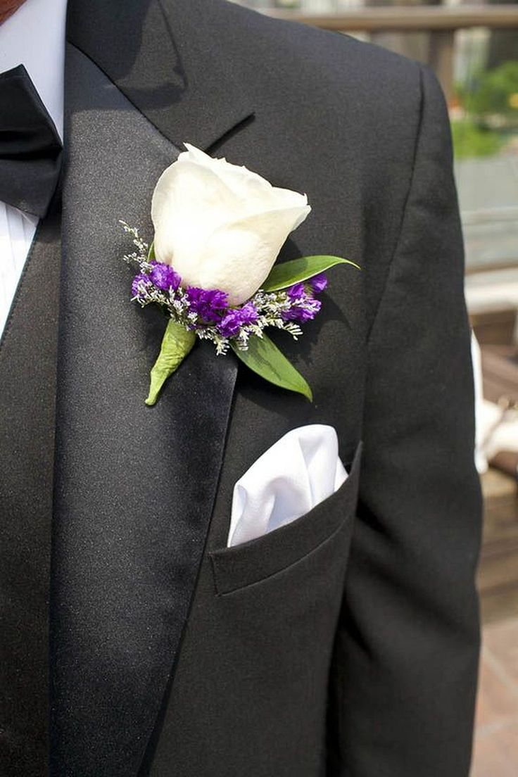 Nice 30+ Incredible Boutonniere Wedding Ideas https://weddmagz.com/30-incredible-boutonniere-wedding-ideas/
