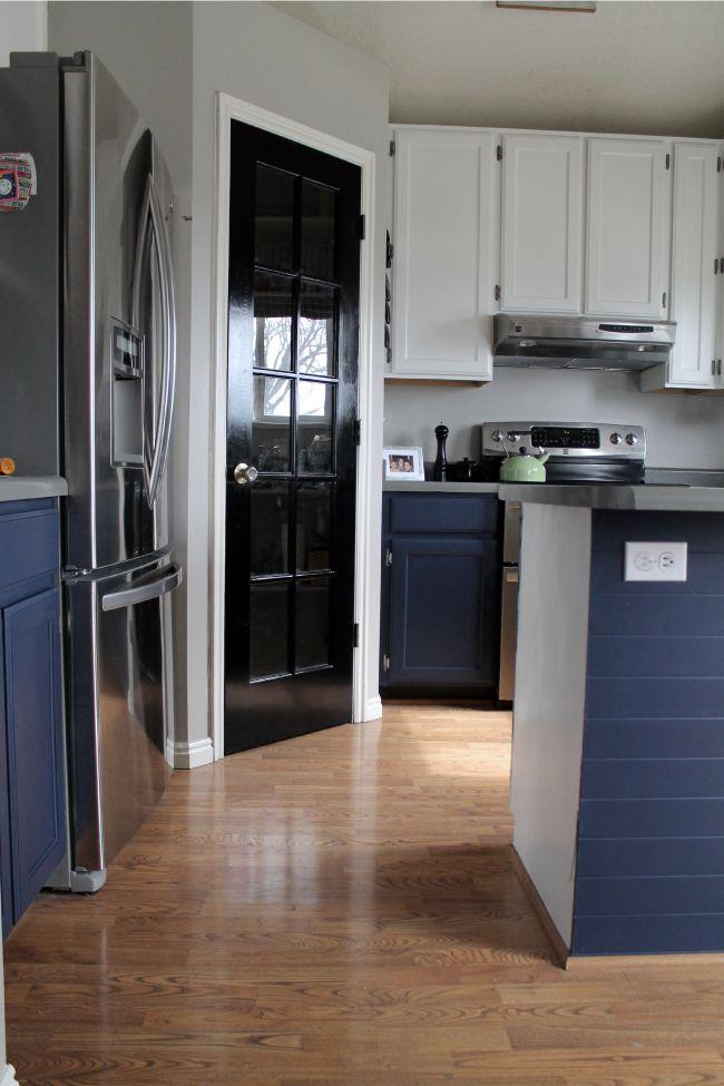 Black base kitchen cabinets
