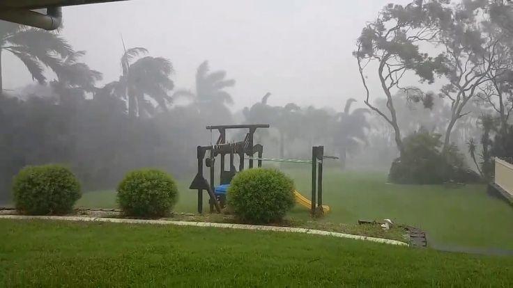 Cyclone Debbie effects in Mackay, QLD, Australia | 27 03 2017