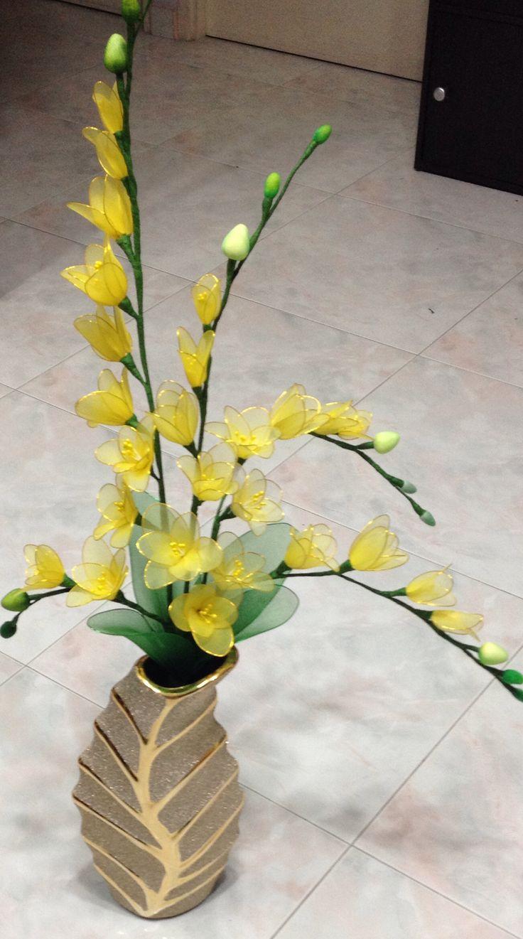 Nylon Flower DIY