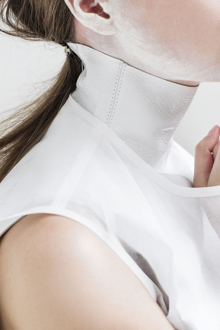 The graduate collection of Kingston University fashion design alumnusShaun Harris, 0,1,2,3,4is the result of the designer's in-depthinvestigation into how to givefashion a fourth dimensional perspective.
