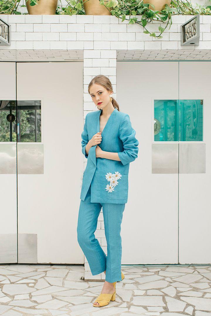 Sofía Delgado, la nueva diseñadora favorita para las invitadashttp://stylelovely.com/galeria/sofia-delgado-la-nueva-disenadora-favorita-para-las-invitadas/