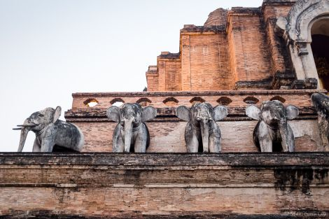 Wat Chedi Luang, Thailand | Peter Lam Photography