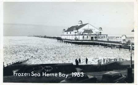 Sea frozen at Herne Bay