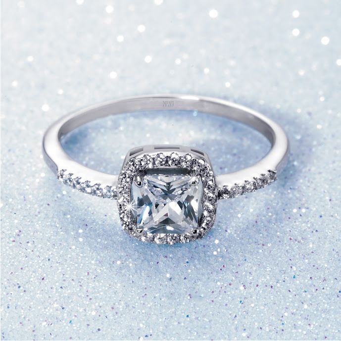 Silver and Cubic Zirconia Ring R399  *Prices Valid Until 25 Dec 2013