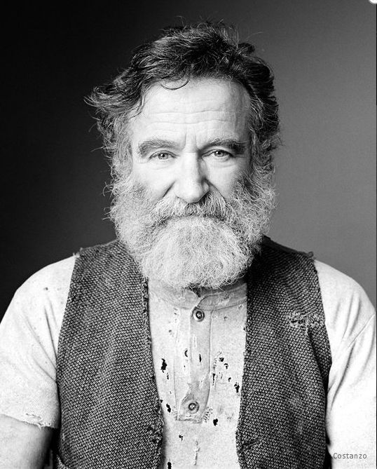 Robin Williams A great actor & one of a kind performer. I am grateful for all that he shared with us.