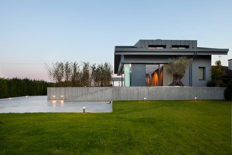 068_Renovation of a semi-detached house with new swimming pool and hypogeal spa, Lido di Jesolo, 2016 - MIDE architetti