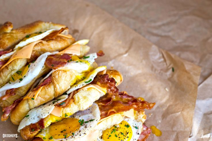 The ultimate breakfast made with Deeghuys Jumbo Croissants