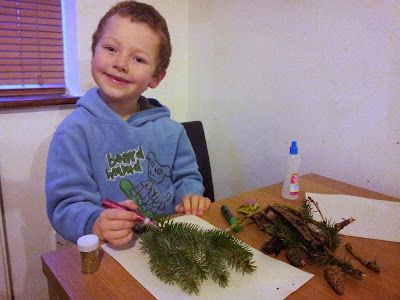The materials collected from a scavenger hunt are perfect for arts and crafts sessions Winter Family Fun #shop