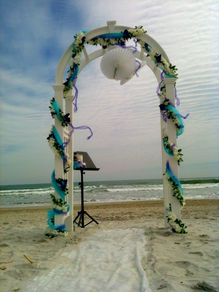 Best 20 beach wedding arches ideas on pinterest wedding for Arch decoration for wedding
