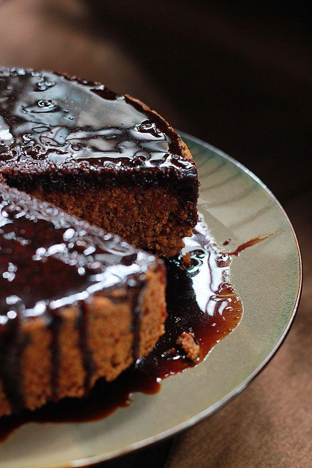 Coconut Sugar Cake with A Caramel Sauce