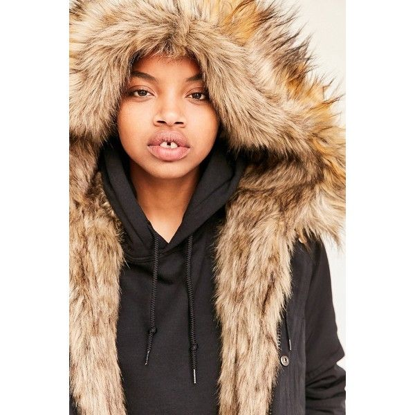 Silence + Noise Faux Fur Lined Parka ($229) ❤ liked on Polyvore featuring outerwear, coats, faux fur hooded coat, hooded parka coat, faux fur lined parka, oversized parka and fake fur coats