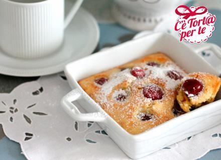 Clafoutis di #ciliegie e vaniglia.  Clicca e scopri la gustosa #ricetta...