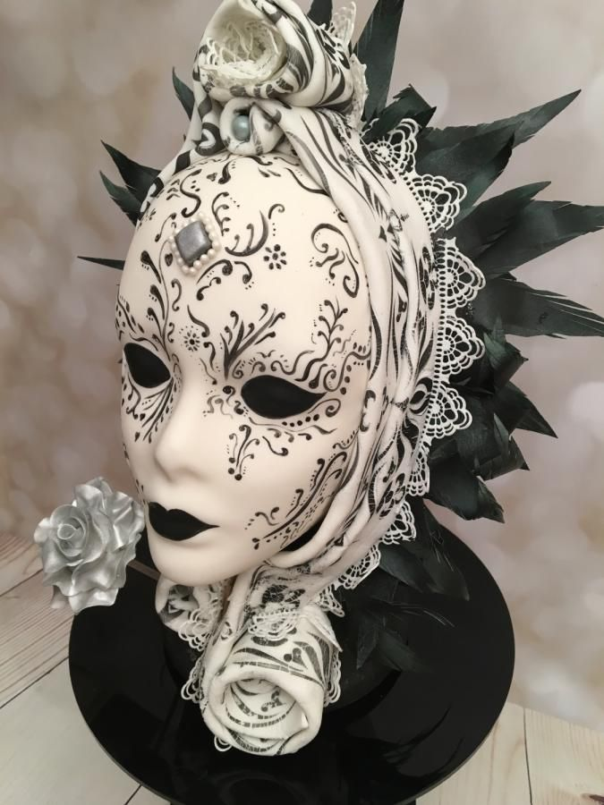 Venetian Carnival Collaboration by Elaine - Ginger Cat Cakery